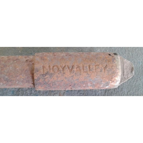 108 - Small Steel Staff, Enfield to Moyvally - 9.5ins...