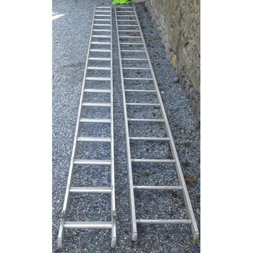 78 - Aluminium Double Extension Ladder, 28ft...