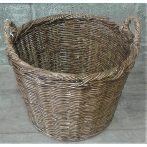 96 - Traditional Turf Basket...