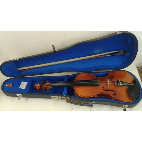 656 - Full Size Violin with Bow and Case...