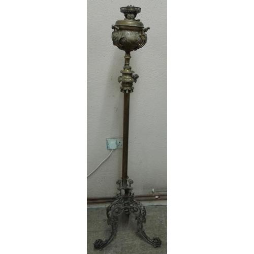 667 - Victorian Decorative Brass Standard Oil Lamp - 59ins...