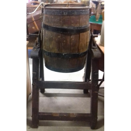 100 - Victorian Waide & Sons End Over End Churn...