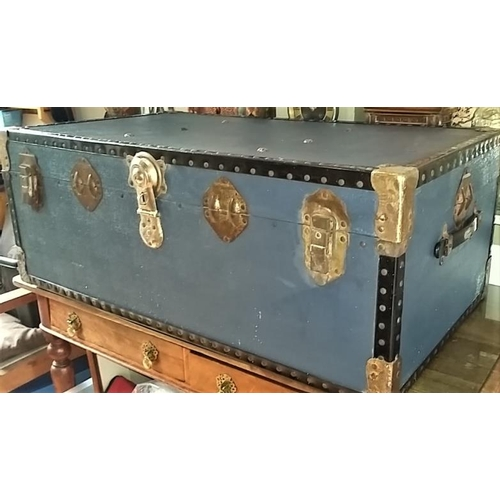 392 - Large Vintage 'Overpond' Travel Trunk 36