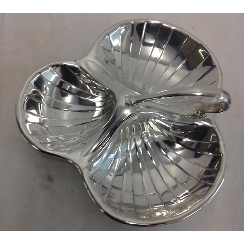 457 - Serving Dish Art Deco sectioned dish, Silver Plate by William Suckling 1921 to 1931...