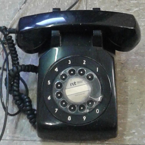 16 - Vintage P&T Black Telephone...
