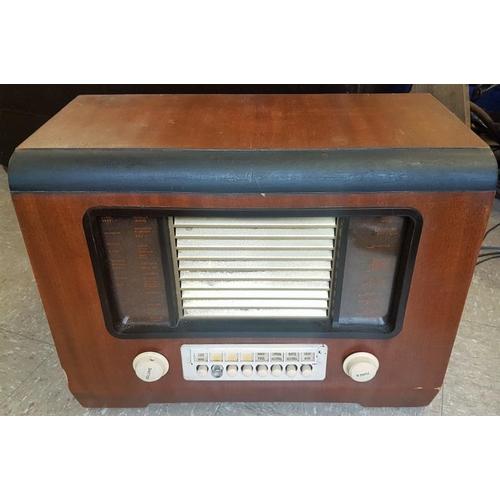 122 - Vintage Wooden Case GEC Radio...