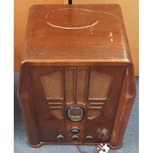 102 - Old <em>Philco</em> Radio - c. 19 x 15 x 11.5ins...