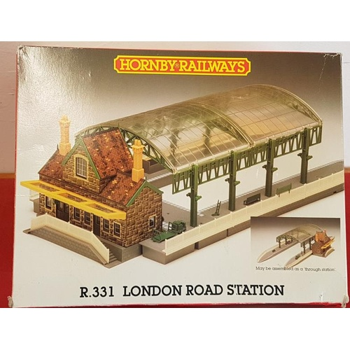 87 - Hornby R.331 London Road Station (boxed and complete)...