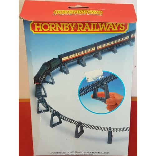 89 - Hornby R.909 Elevated Track Support Set (boxed and complete)...