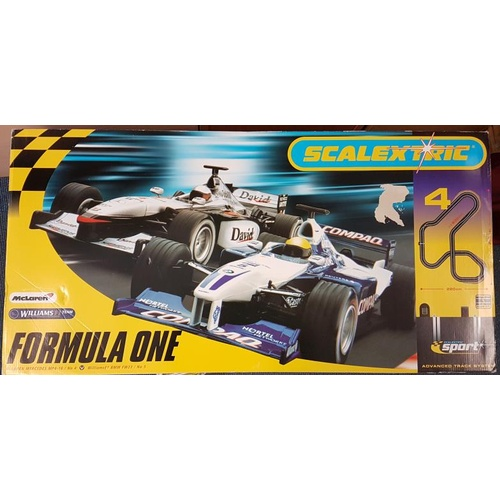 91 - Scalextric Formula 1 Slot Car Race Set (boxed and complete)...