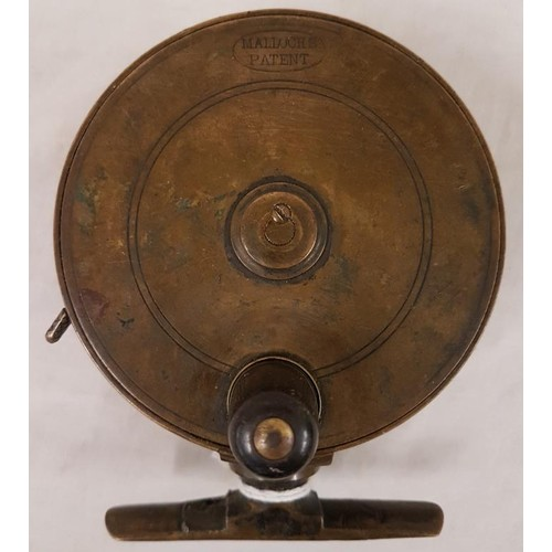 15 - Side Castor (damaged, no ring) Fishing Reel...