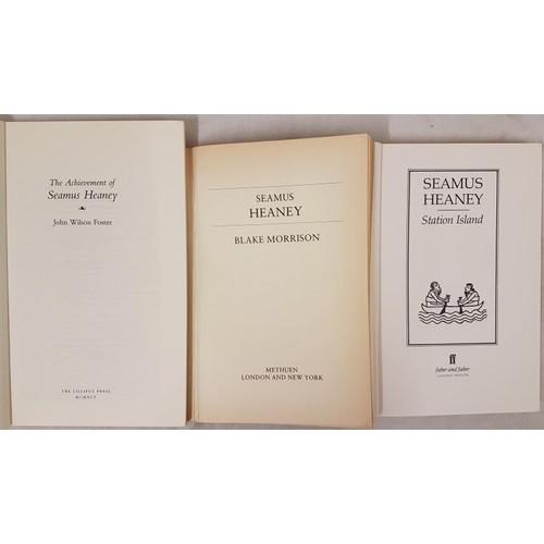 43 - Seamus Heaney.<em> Station Island</em> 1984. 1st edit; B. Morrisson.<em> Seamus Heaney</...