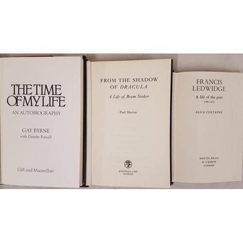 34 - Irish Biography: Alice Curtayne,<em> Francis Ledwidge,</em> L. 1972, dj, almost mint. Paul Murray, <...