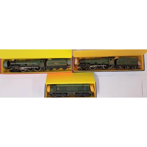 12 - Three Hornby Dublo 00 Gauge Model Locomotives - 2220 Loco & Tender W.R.