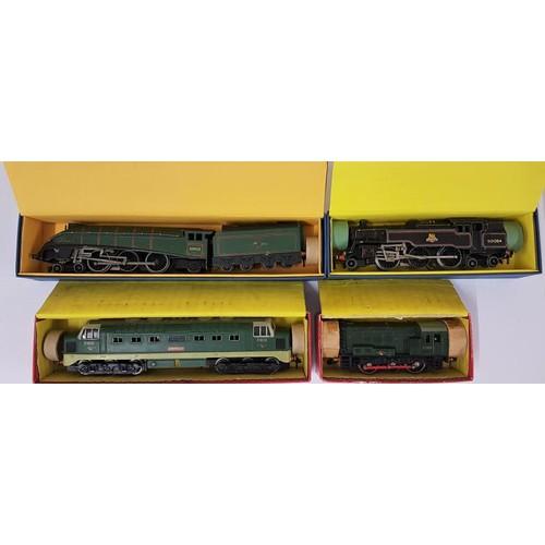 17 - Four Hornby Dublo 00 Gauge Model Locomotives - 0-6-0 Diesel-Electric Shunting Locomotive; EDL18 Stan...
