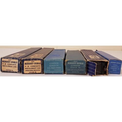 30 - Collection of Six Hornby Dublo OO Gauge Coaches - D20 Composite Restaurant Car 32097; Corridor Coach...