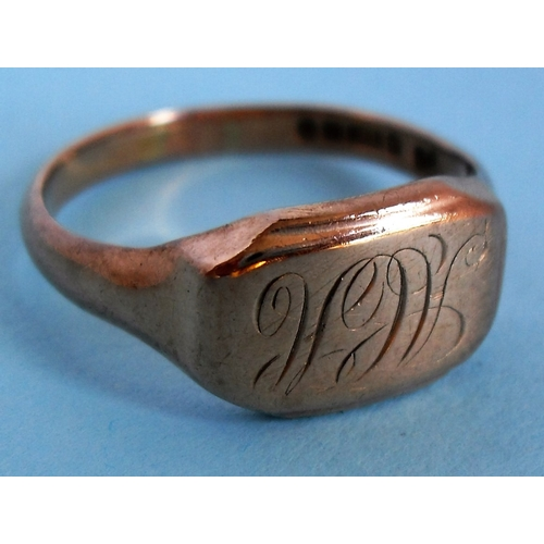 271 - A gent's 9ct gold ring with engraved initials, hallmarked Birmingham, size X 1/2,  6.26g...