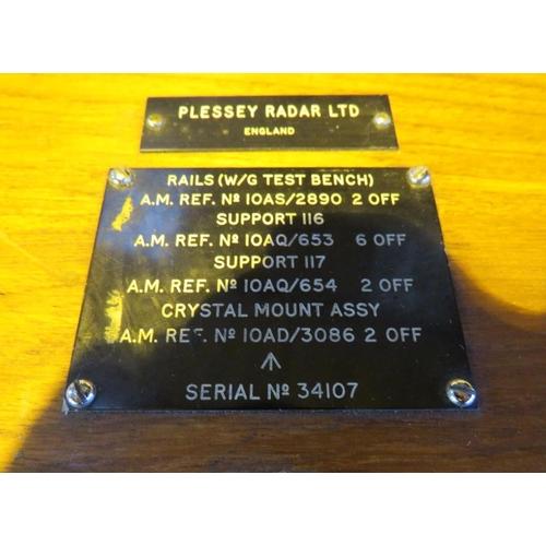 227 - A CASED MOBILE - RAF/BRITISH MILITARY ISSUE - PLESSEY RADAR/SONAR UNIT CRYSTAL MOUNT...