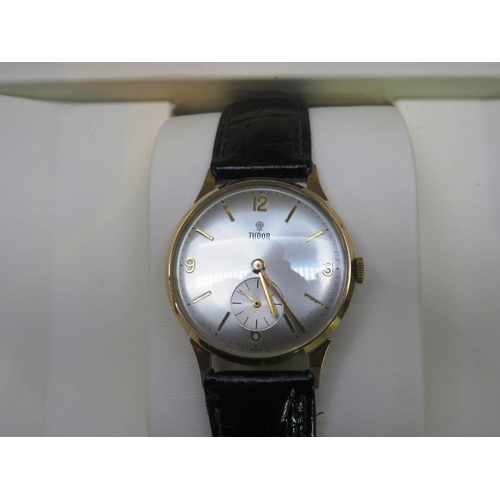 485 - 1962 SLIMLINE - 9CT GOLD CASED - ROLEX/TUDOR GENTLEMANS WRISTWATCH - WITH BOX/NO PAPERWORK...