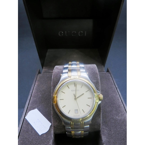 519 - A LADIES - 'GUCCI' - WRISTWATCH...