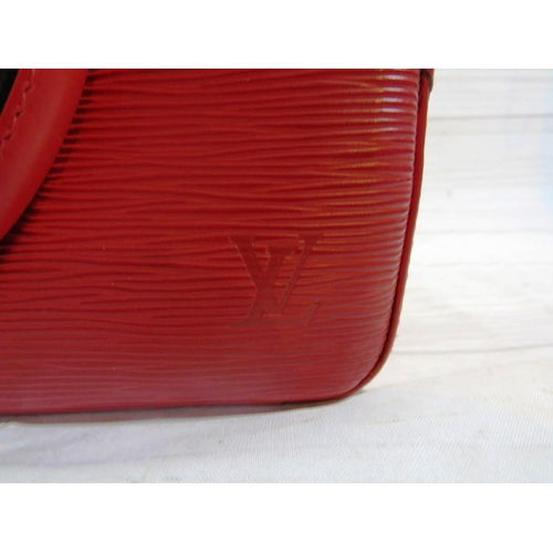 555 - AUTHENTIC LOUIS VUITTON - SABLONS HANDBAG...