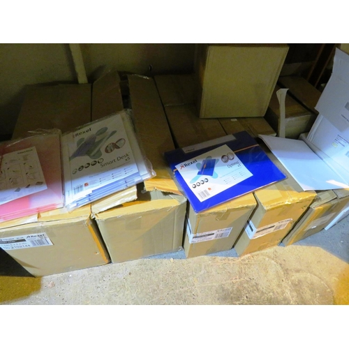 6 - SHELF LOT CONTAINING - MIXED STATIONARY - INCLUDING FOLDERS AND ENVELOPES...