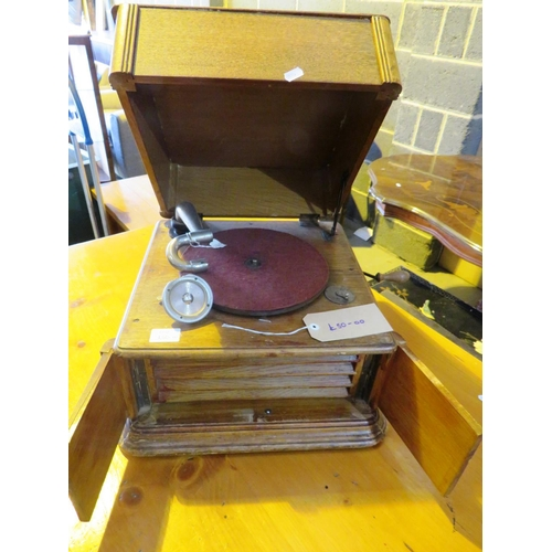 37 - EARLY VINTAGE - RECORD PLAYER...