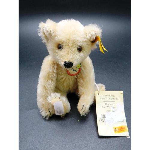 231 - STEIFF - PETSY BEAR...