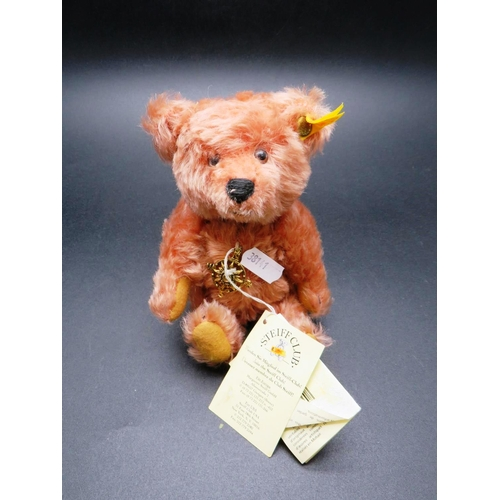24 - STEIFF BEAR - COLLECTORS CLUB / US SPECIAL EDITION - DATED 1999...