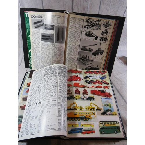 456 - TWO BOOKS CONTAINING - MODEL CAR MAGAZINES...