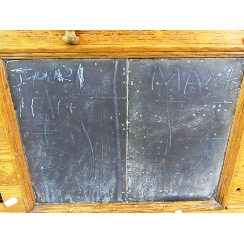 55 - AN EARLY 20TH CENTURY OAK SCORE BOARD MADE IN LEEDS BY THE FAMOUS E.MAWSON...