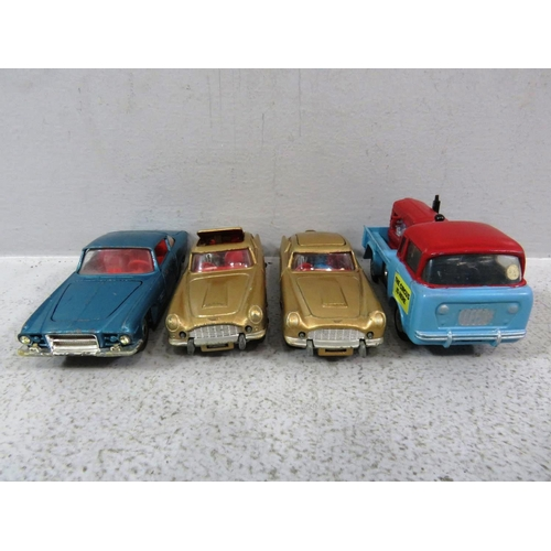 564 - CORGI BUNDLE INCLUDES JAMES BOND x 2, BOXED CHIPPERFIELD CIRCUS CODE 3 AND GHIA L6.4...