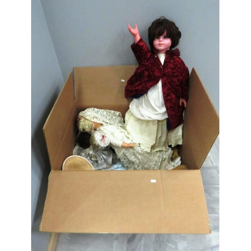 360 - LARGE BOX OF VINTAGE COLLECTABLE DOLLS...
