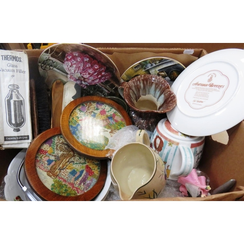 3 - BOX OF MISCELLANEOUS ITEMS INCLUDING VINTAGE ITEMS...