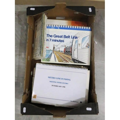 40 - COLLECTION OF RAILWAY BOOKLETS AND BROCHURES...