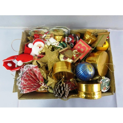42 - BOX OF VICTORIAN STYLE CHRISTMAS TREE DECORATIONS...