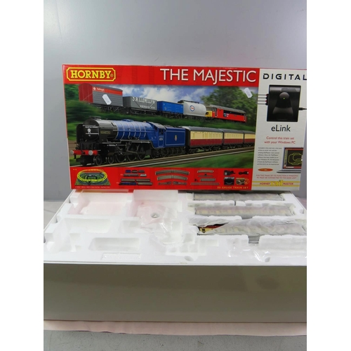 464 - HORNBY THE MAJESTIC INCOMPLETE SET...
