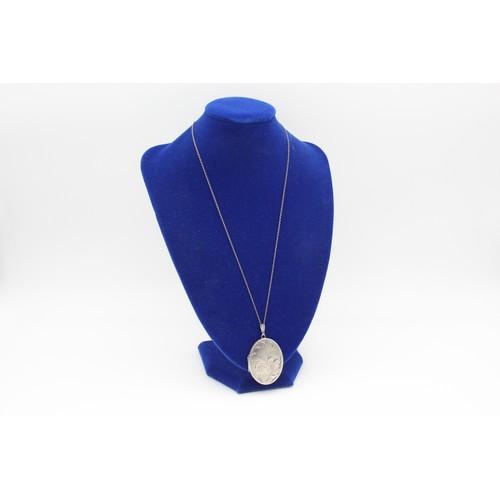 46 - Vintage .925 Sterling Silver Oval Locket Necklace...