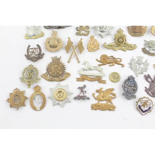 249 - Job Lot of Assorted Vintage MILITARY Badges Inc WW1, WW2 Etc...