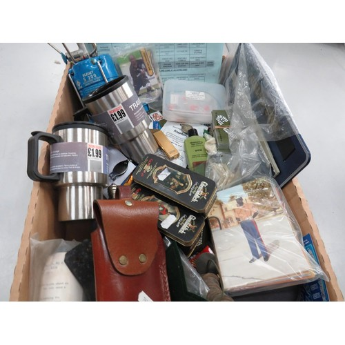 328 - TRAY OF MISCELLANEOUS ITEMS INCLUDING FOOTBALL CARDS, MILITARY ITEMS ETC