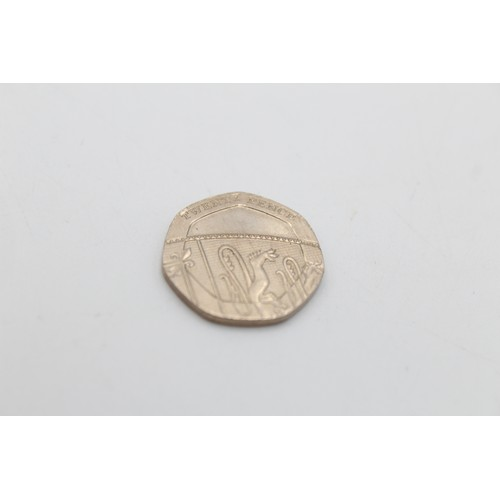 12 - ERII Royal Mint Un-Dated Twenty Pence Coin
