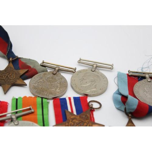 82 - 15 x WW2 Medals Inc War, Defence, 1939-45 Star