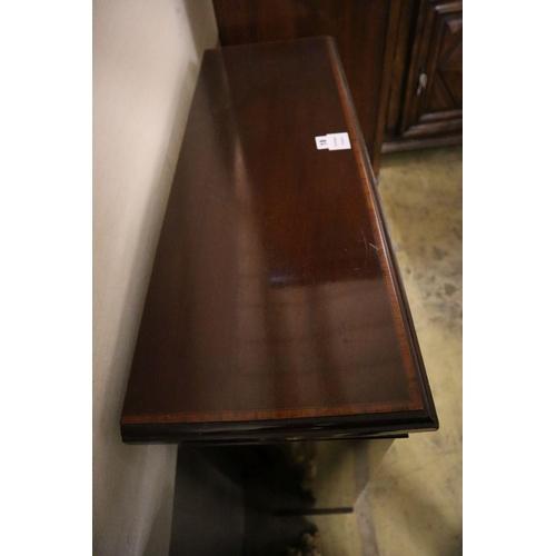 18 - <B>An Edwardian satinwood banded mahogany open dwarf bookcase, width 82cm depth 29cm height 114cm</b...
