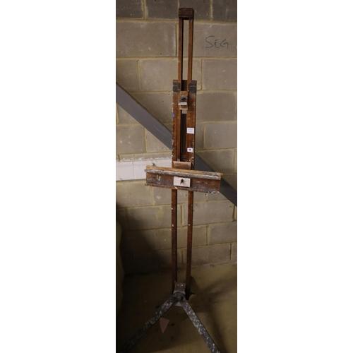 46 - <B>A beech framed artist's easel</b></i>...