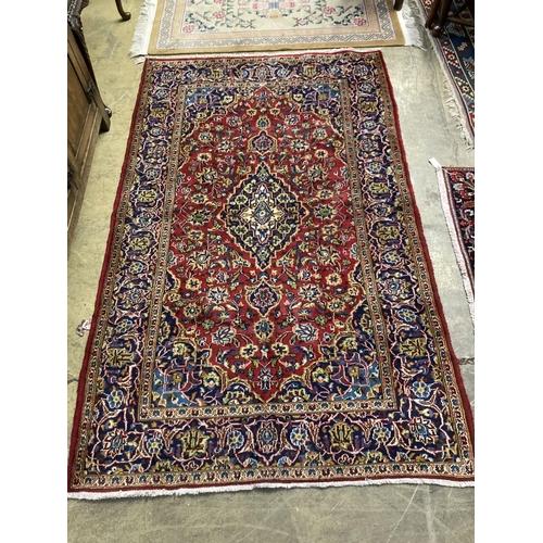 55 - <B>A Kashan carpet, 240 x 148cm</b></i>...