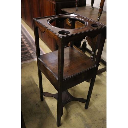 9 - <B>A George III mahogany washstand, width 34cm depth 34cm height 82cm</b></i>...