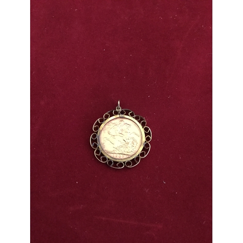 38 - An Edward VII sovereign, 1907,  in 9ct pendant mount -...