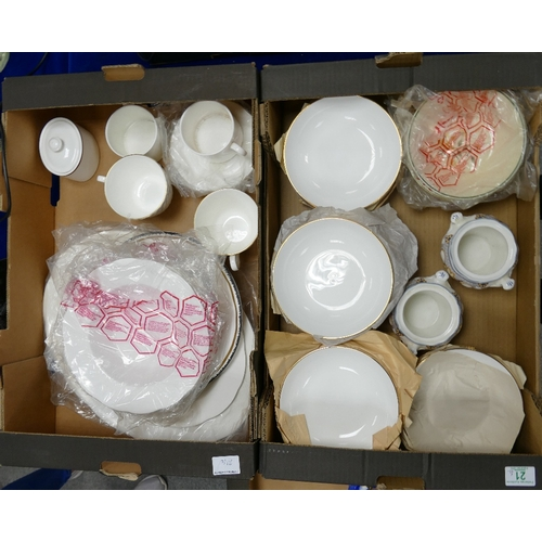 21 - A mixed collection of items to include: Queen Anne Gilded dinner ware, Temple Garden pots, Royal Alb...