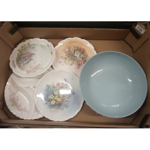 10 - Mixed collection of ceramics to include:  Wedgwood bowl, Royal Albert Wind In the Willows wall plate...