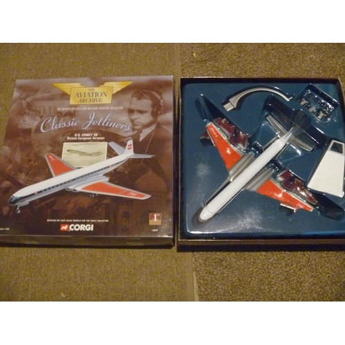 24 - corgi toys aviation archive DH comet BEA, model appears unused....